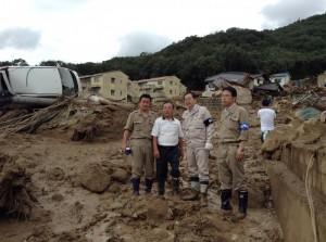 災害現場を調査する 斉藤鉄夫(20日)